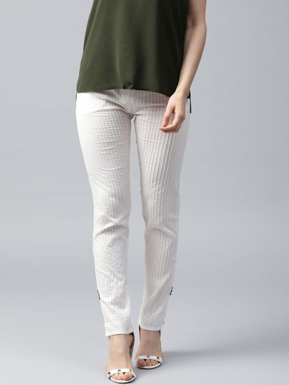 White Solid Pintuck Pant